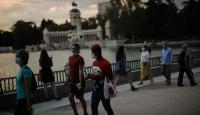 Almanya, İspanya'da 2 bölgeyi daha riskli ilan etti