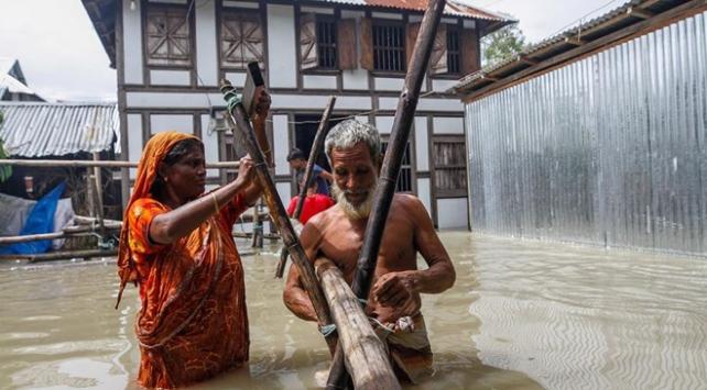 Bangladeşteki sellerde 198 kişi hayatını kaybetti