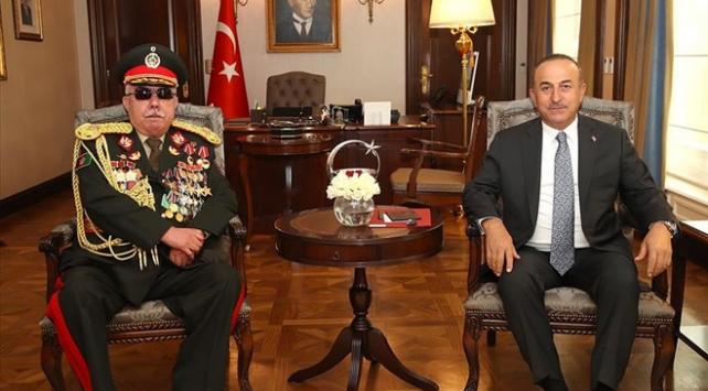 Bakan Çavuşoğlu, eski Afganistan Cumhurbaşkanı Yardımcısı Mareşal Raşid Dostumla görüştü