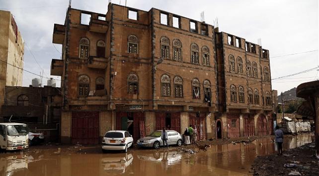 DSÖ: Yemendeki selde binlerce aile zarar gördü