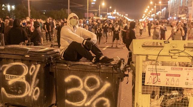 Belarustaki gösterilerde 700 kişi daha gözaltına alındı