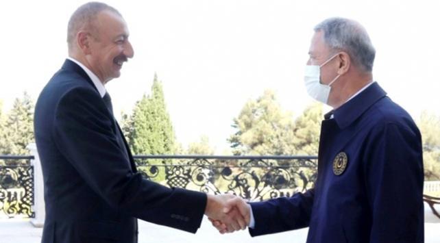 Azerbaycan Cumhurbaşkanı Aliyev, Milli Savunma Bakanı Akarı kabul etti
