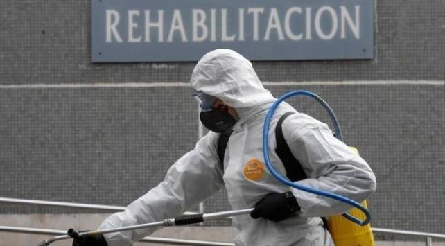 İspanyada gece kulüpleri yeniden kapatıldı