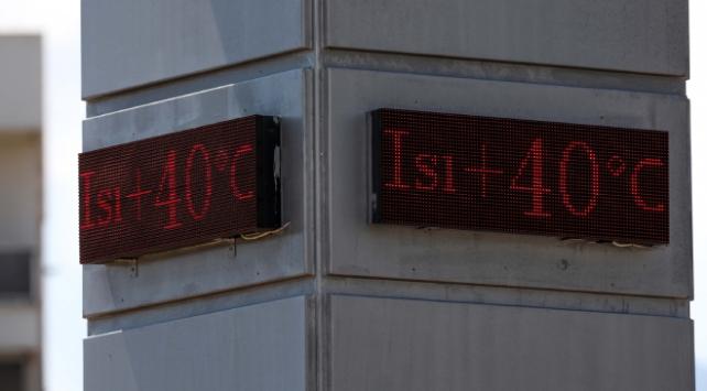 Antalyada termometreler 40 dereceyi gösterdi