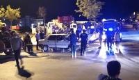 Manisa'da seyir halindeki araç alev aldı