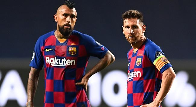 """Barcelonanın """"tarihi yenilgisi"""" İspanyol basınında"""