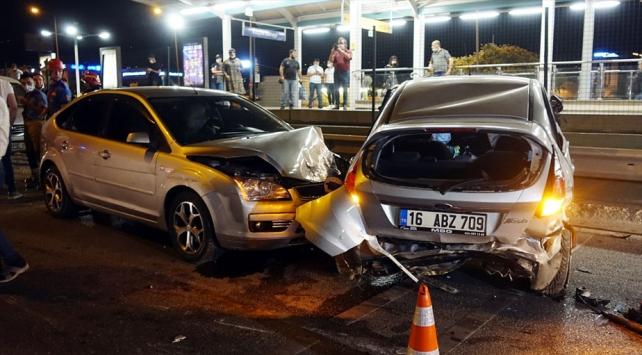 Bursada zincirleme trafik kazası: 6 yaralı