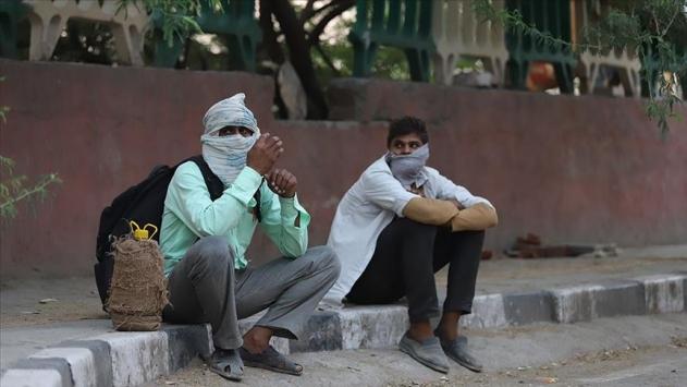 Koronavirüs Hindistanda 941, Brezilyada 620 can daha aldı