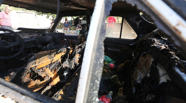 Yahudi yerleşimciler Doğu Kudüste Filistinlilerin araçlarını yaktı