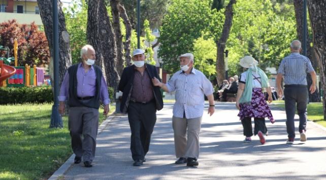 Bursada 65 yaş üstüne toplu taşımada saat kısıtlaması