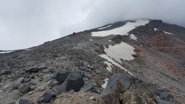 Balıkesirli profesyonel dağcı Ağrı Dağının zirvesine tırmandı