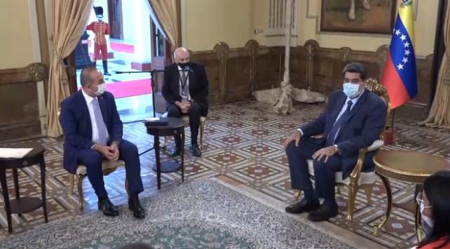 Bakan Çavuşoğlu, Venezuela Devlet Başkanı Maduro ile buluştu