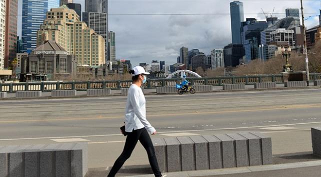 Avustralyada koronavirüs nedeniyle 12 kişi daha öldü