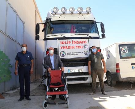 Şanlıurfadan Suriyeye bir tır insani yardım malzemesi gönderildi