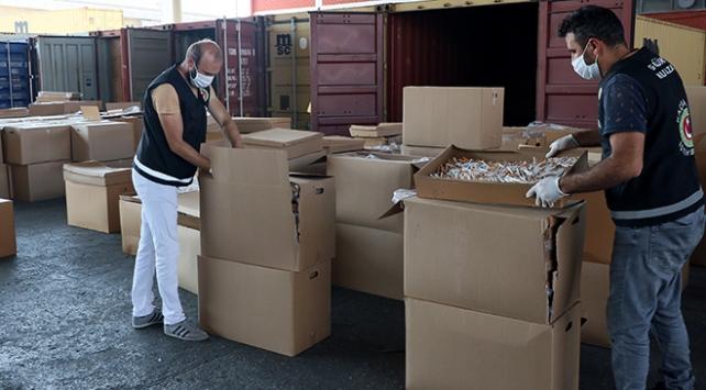 İzmirde 40 milyon 980 bin dal kaçak sigara ele geçirildi