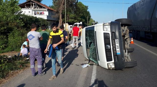 Samsunda işçi servisi devrildi: 15 yaralı