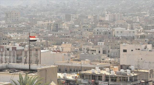 Yemendeki koalisyon güçleri Husilerin gönderdiği balistik füzeyi imha etti