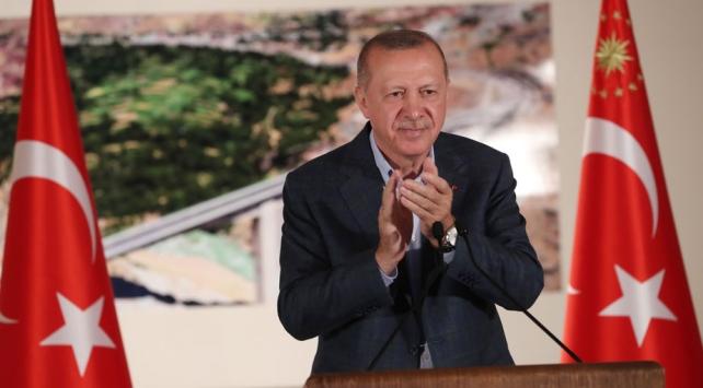 Türkiye, Cumhurbaşkanı Erdoğanın bugün açıklayacağı müjdeye kilitlendi