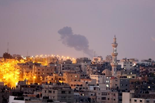 İsrailden Gazzeye üçüncü hava saldırısı düzenledi