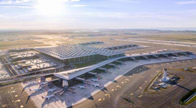 İstanbuldaki havalimanlarından 23 milyon yolcu seyahat etti