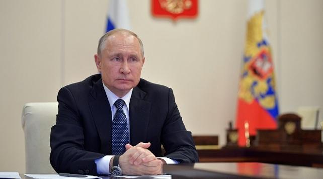 Putin, Rusya Güvenlik Konseyinde Belarustaki durumu görüştü