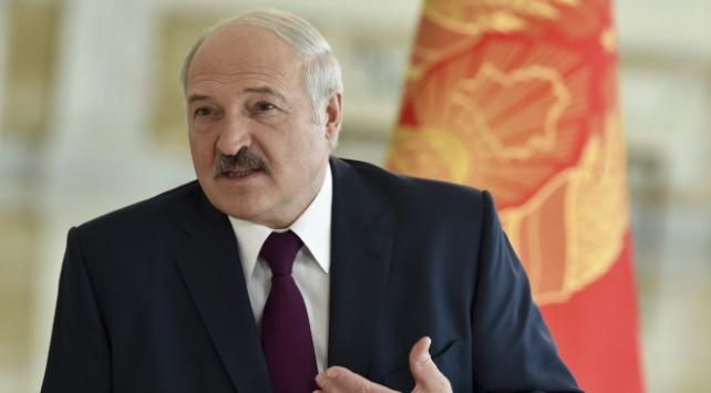 Belarus Cumhurbaşkanı Lukaşenko: İç işlerimize açıkça müdahale ediyorlar