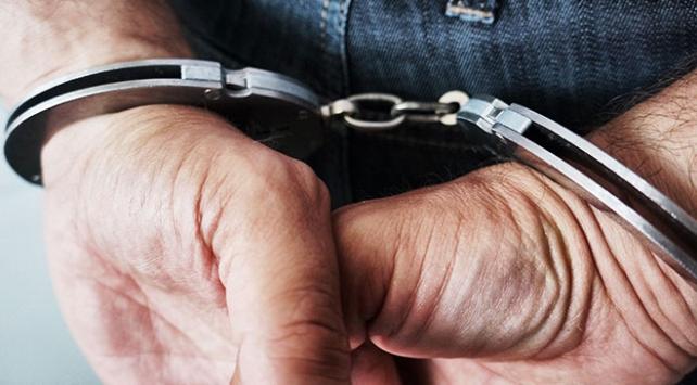 İstanbulda bir genci darbeden kişi gözaltında
