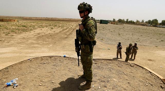 Koalisyon güçleri bir üssü daha Iraka teslim etti