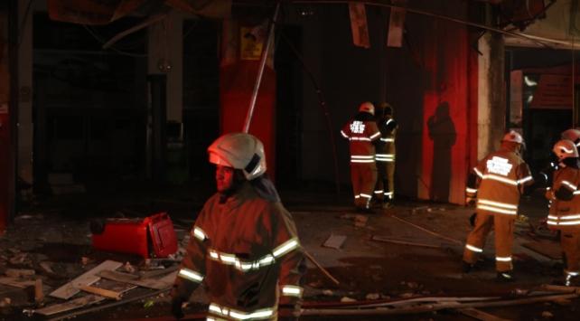 İzmirde otomobil LPG bakım servisinde patlama: 2 yaralı