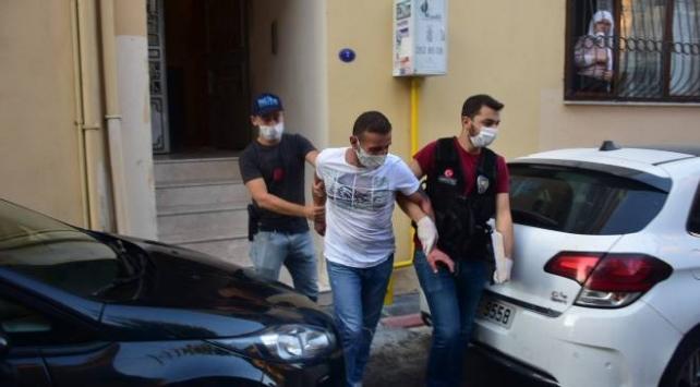 İzmirde uyuşturucu operasyonu: 10 gözaltı