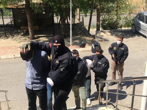 Şırnakta terör örgütü PKK/KCK operasyonunda 3 kişi yakalandı