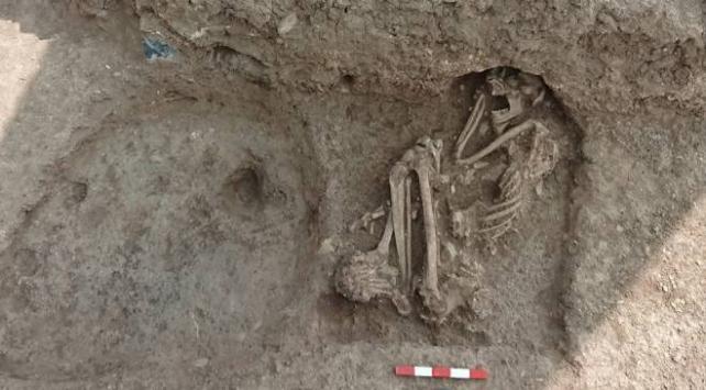 Bilecikte yapılan kazıda 8 bin 500 yıllık insan iskeleti bulundu