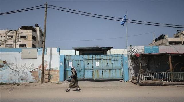 UNRWA, Gazzedeki hizmetlerine geçici olarak ara verdi