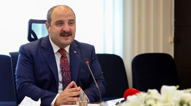 Bakan Varank: SİHAları Ukraynaya tedarik ediyoruz