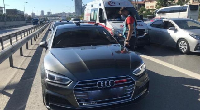 Çakar lamba kullanan 23 araç ve sürücüye işlem uygulandı