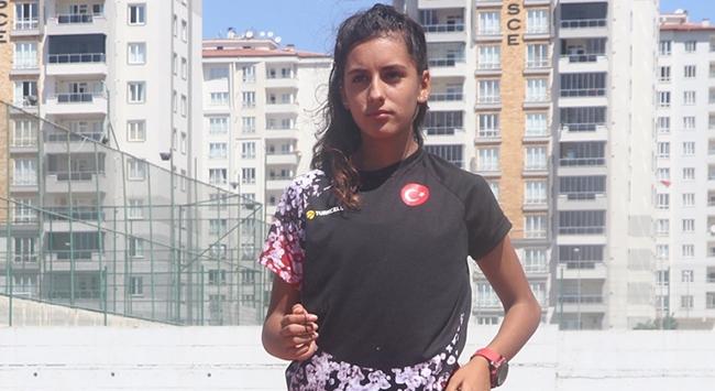 Genç yürüyüşçü olimpiyat hayali için çalışıyor