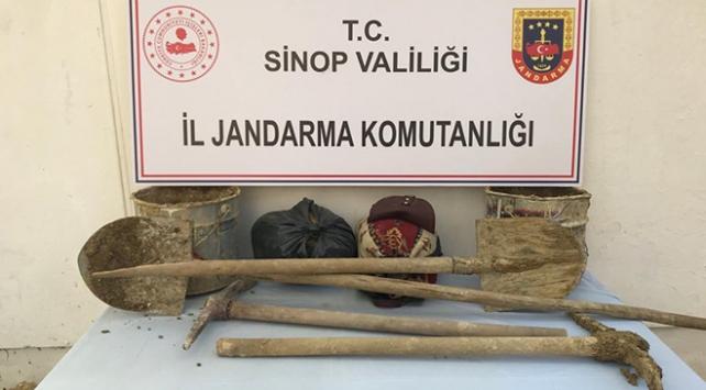 Sinopta uyuşturucu ve kaçak kazı operasyonunda 10 gözaltı