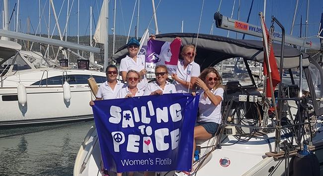 Kadın yelkenciler barışa yelken açtı