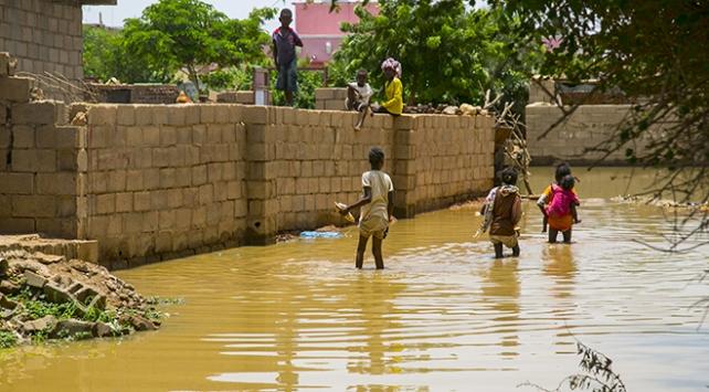 Sudanda Nil Nehri taştı: Yüzlerce ev yıkıldı