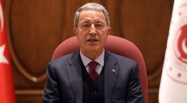 Bakan Akar: Bu büyük zafer Anadolunun Türk yurdu olarak kalacağının tüm dünyaya ilanıdır