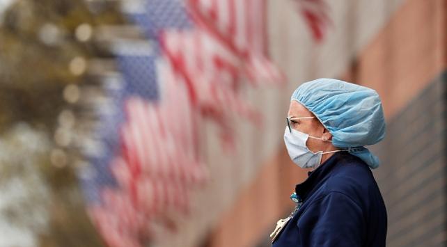 ABDde 889 kişi daha koronavirüsten öldü