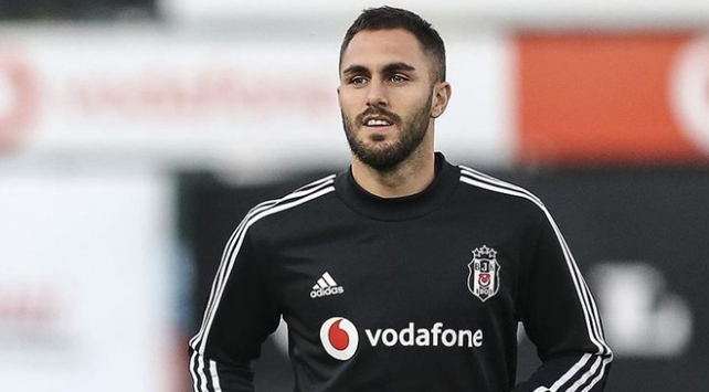 Beşiktaştan ayrılan Victor Ruiz Real Betiste