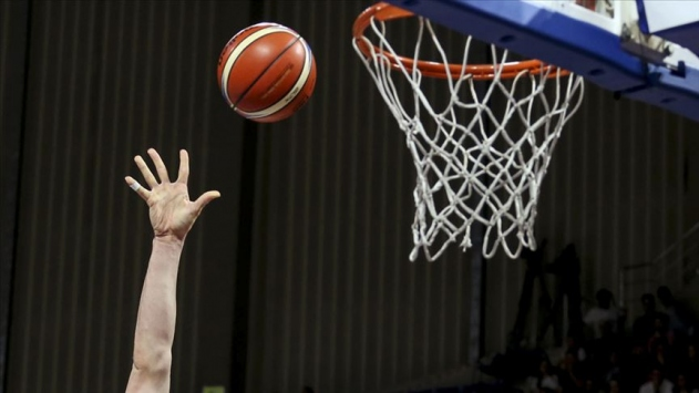 Basketbol karşılaşmalarına sınırlı sayıda seyirci alınabilir