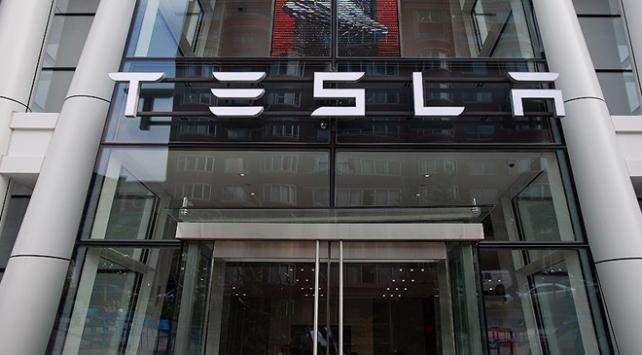 Tesladan 5 milyar dolarlık hisse satışı