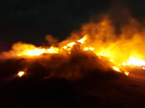 Kağızmanda çıkan yangında 70 ton ot kül oldu