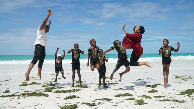 Zanzibarda, Türk vatandaşı Yentürkün kurduğu Assalam Vakfı bölge halkına ışık oldu