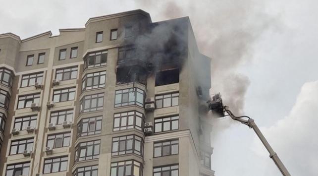 Ukraynada 25 katlı apartmanda yangın: 1 ölü