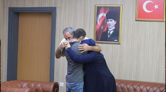 Teslim olan terörist Mardinde ailesiyle buluştu
