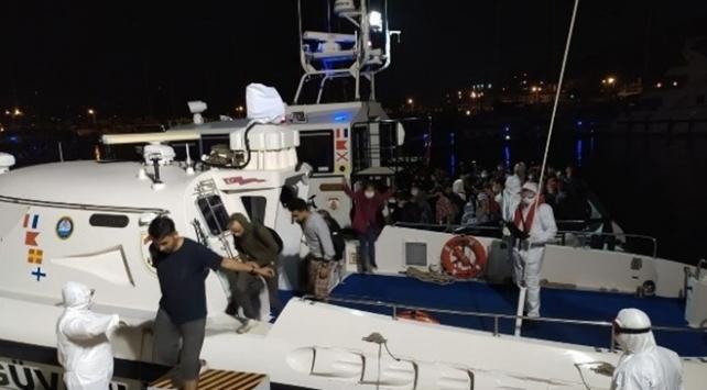 İzmirde 179 sığınmacı kurtarıldı