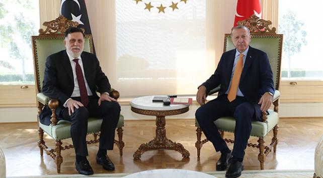 Cumhurbaşkanı Erdoğan Libya Başbakanı Serrac ile bir araya geldi